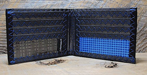 RAGGEDedge Gear classic carbon fiber bifold wallet